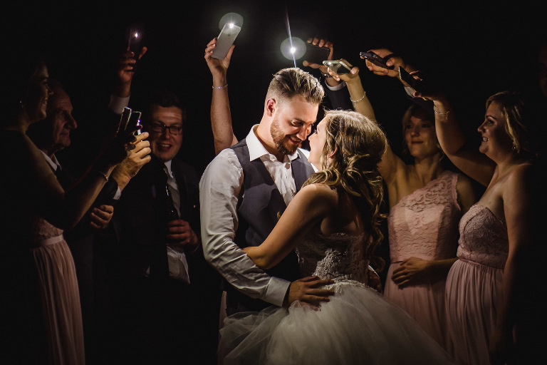 Kingston wedding pictures phone lit couple